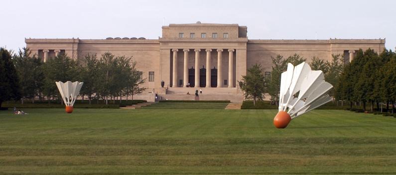 Nelson-Atkins_museum_facade